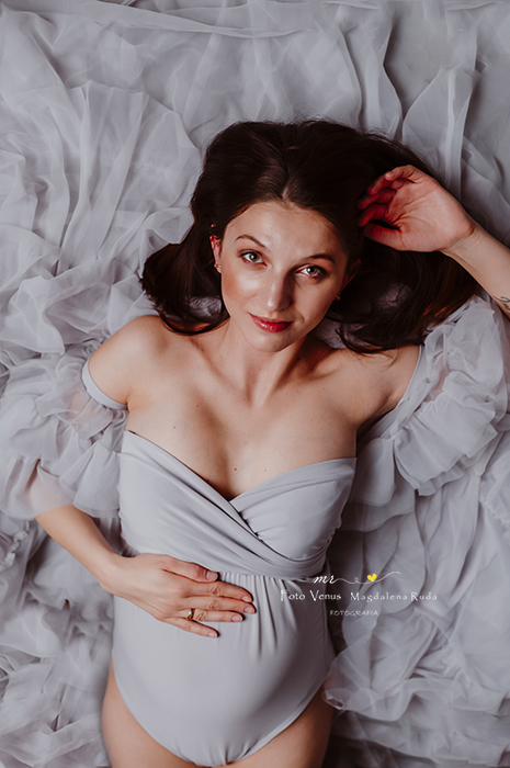 sesja-ciążowa-foto-venus-ruda-śląska- brzuszek-zdjęcia-fotograf-śląsk-